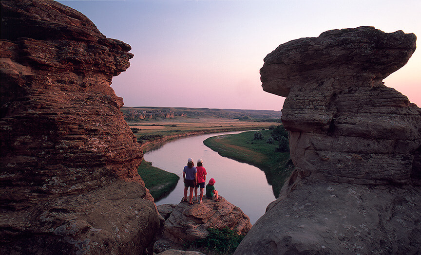 Drumheller Badlands Red Deer River and Hoodoos